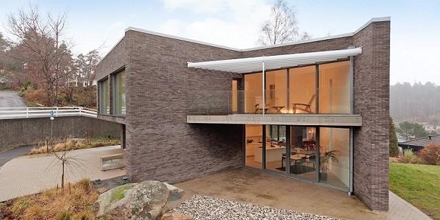 """""""Eine exklusive Villa in Hovås (Göteborg), Schweden. Freuen Sie sich mit diesem schönen Haus!""""  Wohntrends: Eine exklusive Villa in Göteborg, Schweden eine exklusive villa in g  teburg schweden architektur und design wohn designtrend 01 e1363279362565"""