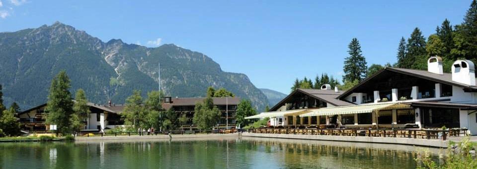 """""""Inmitten der atemberaubenden Alpenlandschaft, hoch über den Dächern von Garmisch-Partenkirchen, gibt das Riessersee Hotel Resort die besten Aussichten.""""  Urlaub am Riessersee Hotel Resort Wohn DesignTrend Urlaub am Riessersee Hotel Resort 01 e1374222197532"""