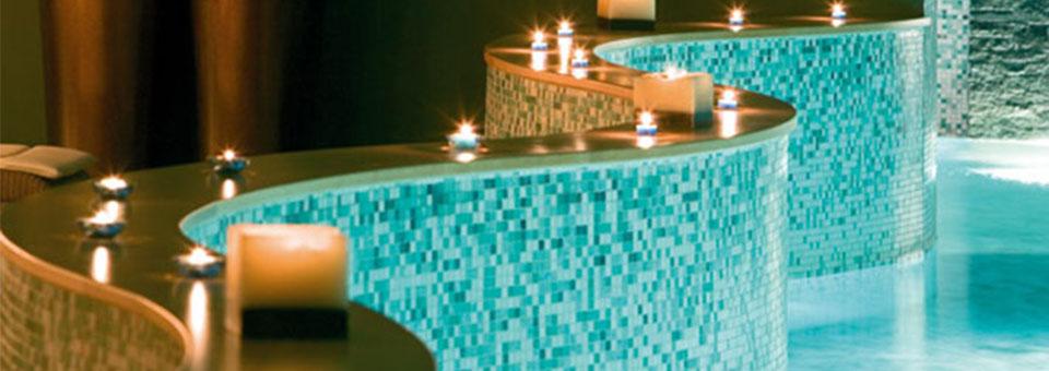 """""""Suchen Sie nach einem 5 Sterne Hotel in Hamburg? Dann haben wir hier für Sie eine Auswahl der 5 besten Luxushotels in Hamburg, Deutschland. """"  TOP 5 Luxushotels in Hamburg cover3"""