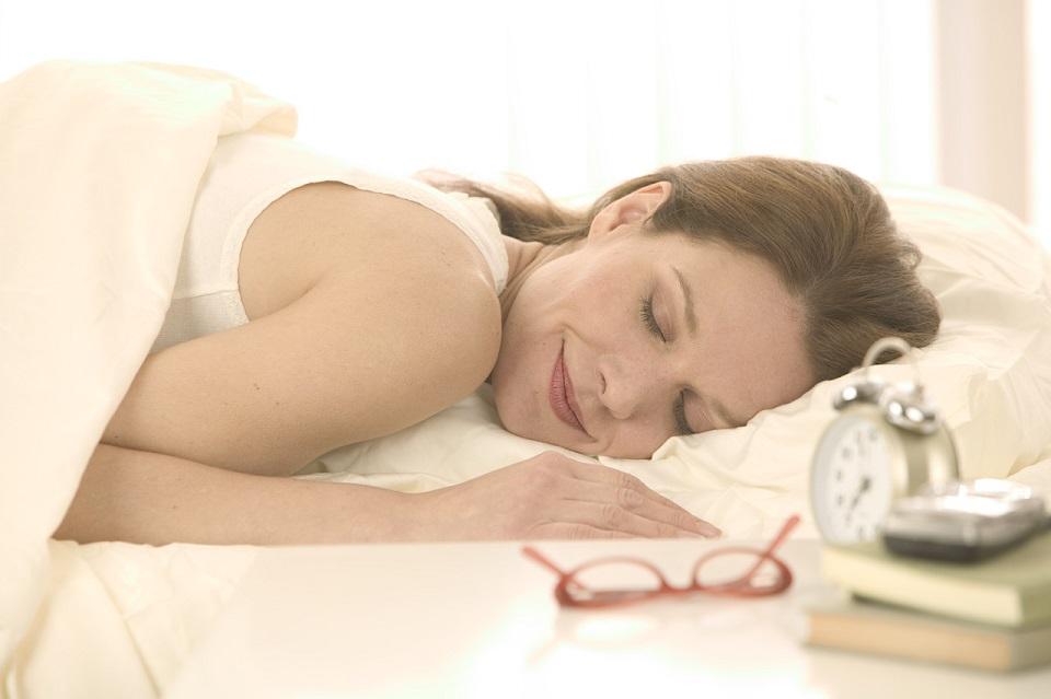 Schlafen-Geheimnisse-Tipps-für-eine-erholsame-Nacht  Schlafen Geheimnisse: Tipps für eine erholsame Nacht Schlafen Geheimnisse Tipps f  r eine erholsame Nacht