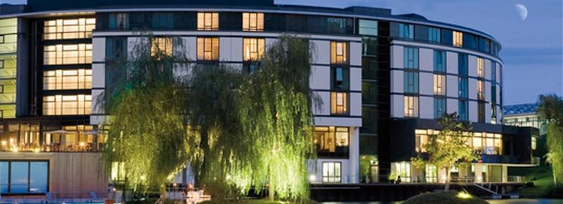 Einzigartige Beleuchtung im Ritz Carlton Hotel Wolfsburg Einzigartige Beleuchtung im Ritz Carlton Hotel Wolfsburg